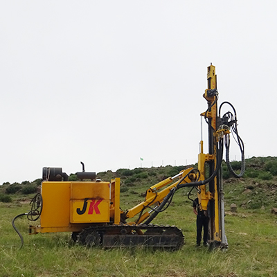 JK590 is working on photovoltaic engineering project site