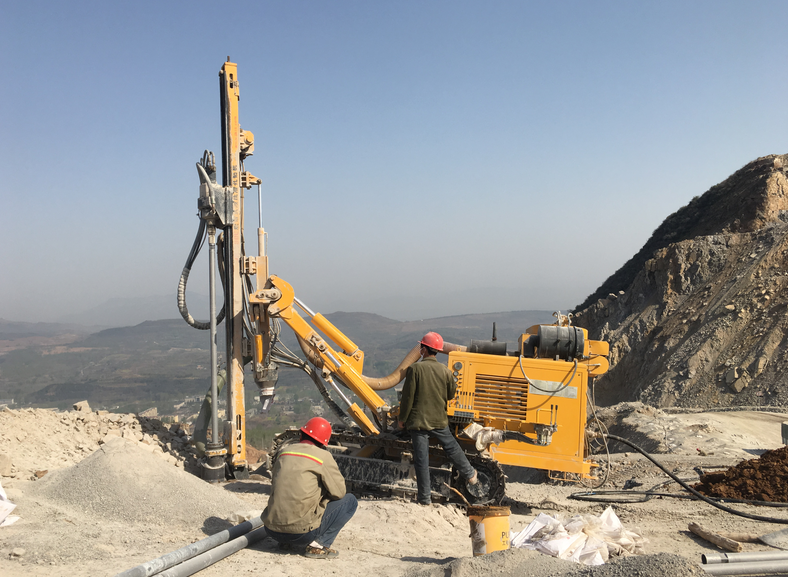 [Water Well Drilling Rigs Supplier China]Our drilling machine is working